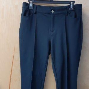 Michael Kors tapered leg Black pant size 8